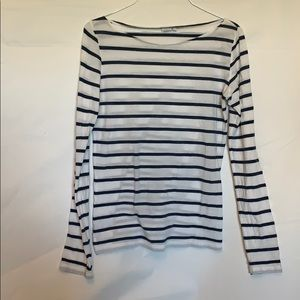 Women's navy and white knit top size med